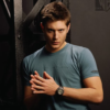 th_JensenAckles-Pose-Stand