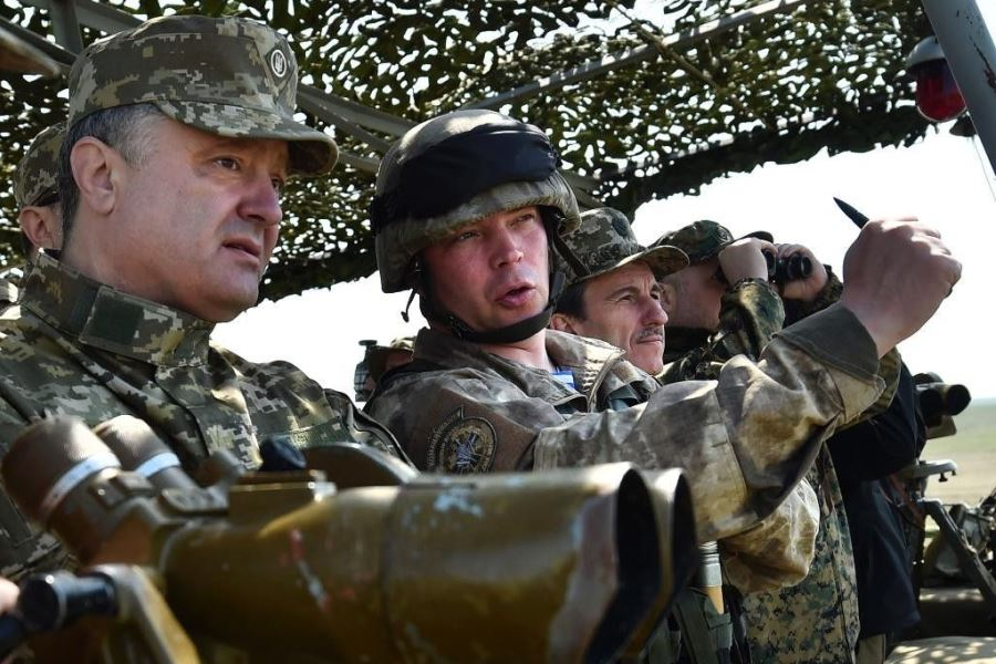 Порошенко воюет с Россией