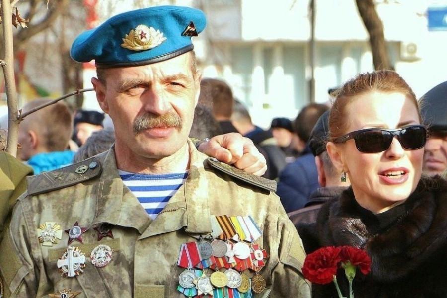 samye-rezonansnye-sobytiya-dnya-v-donbasse-novaya-taktika-boevikov-i-vozvraschenie-besa_913
