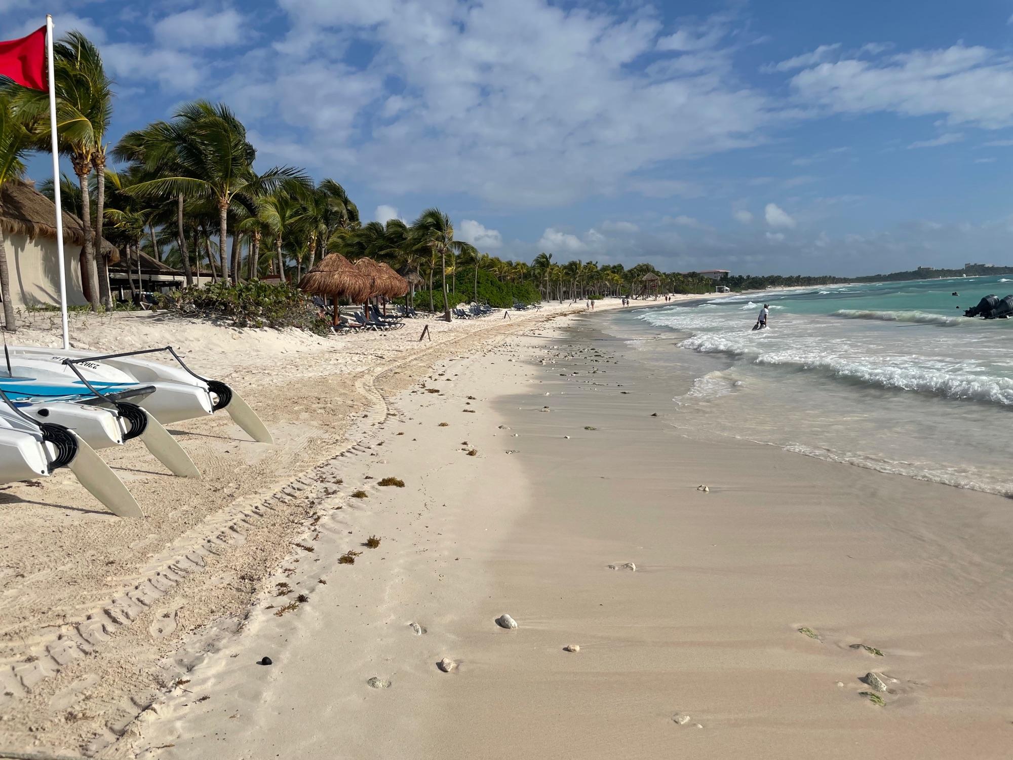 Теперь и в Мексике. Странное чувство эксклюзивного отдыха, все только для тебя.