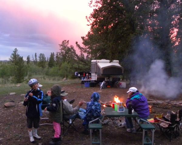camping-smores