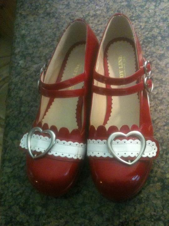 Bodyline Buckle Shoes