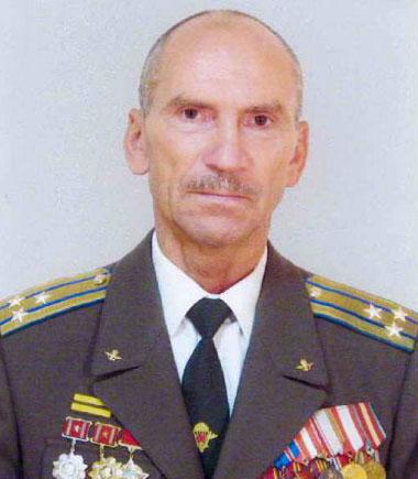 Герой России полковник Леонид Хабаров