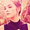 Zoey Deutch ICON 4