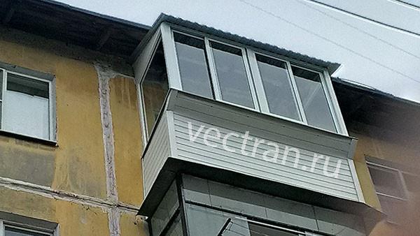 Крыша балкона в пятиэтажке