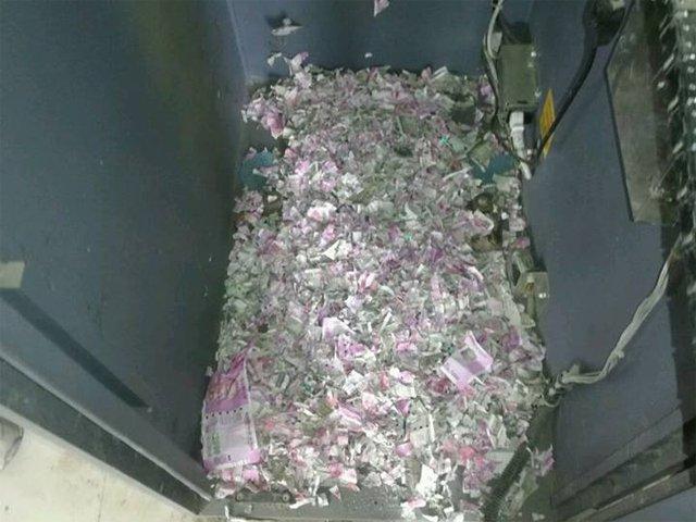 Мыши повредили деньги..jpg