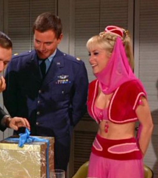 I-Dream-of-Jeannie-cast1.jpg