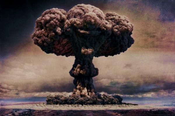 Сколько нужно неквалифицированных молодых людей, чтобы построить атомную бомбу