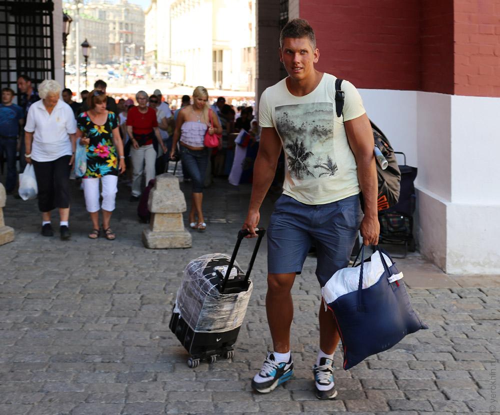 people-kremlin-2013-06-03--04
