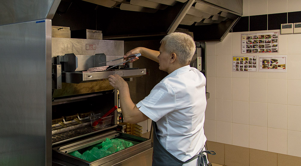 burger-king-inside-broiler