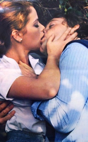 ornella-muti-kiss1.jpg
