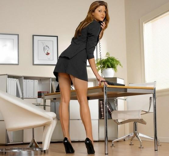 Секретарь у аппарата