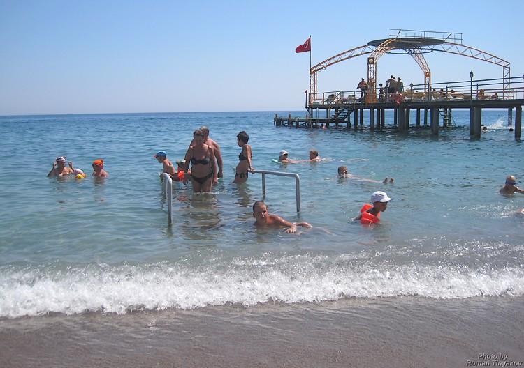 Пляж у средиземного моря