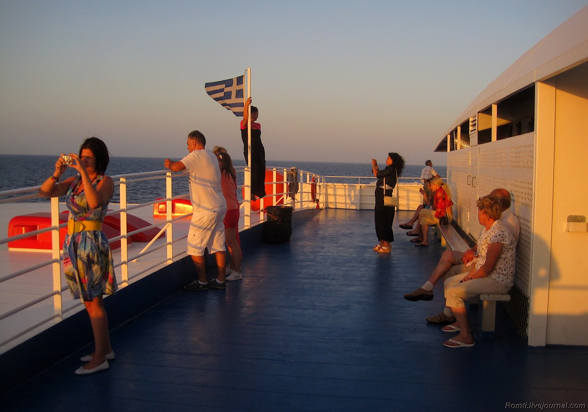 Закат на палубе