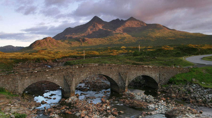 Sligachan-Glen-Isle-of-Skye.jpg