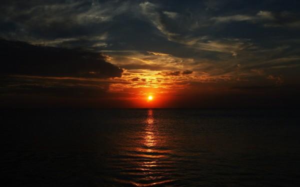 Sunset on Jimbarab Beach, Bali