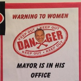 bob-filner-danger-sign