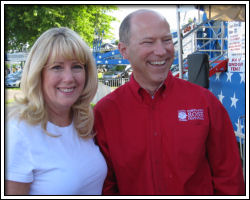 Marilyn Clint & Robert Hansen - ready to ride the big sling!