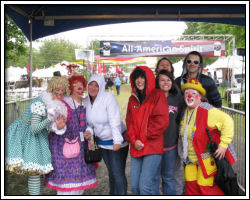 2010 Rose Festival - clowns and visitors