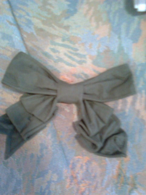 Silly looking bow.