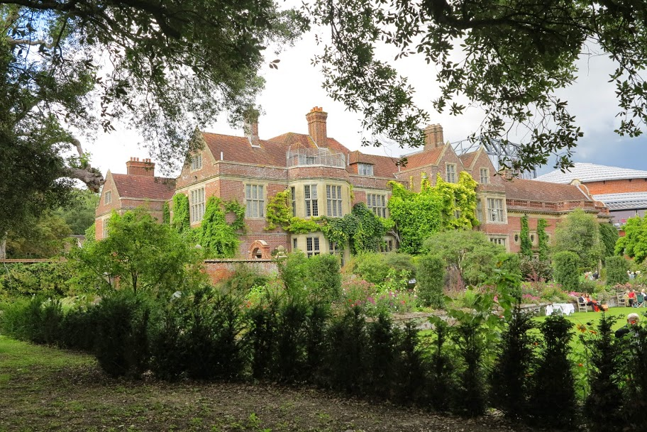 Главный дом поместья
