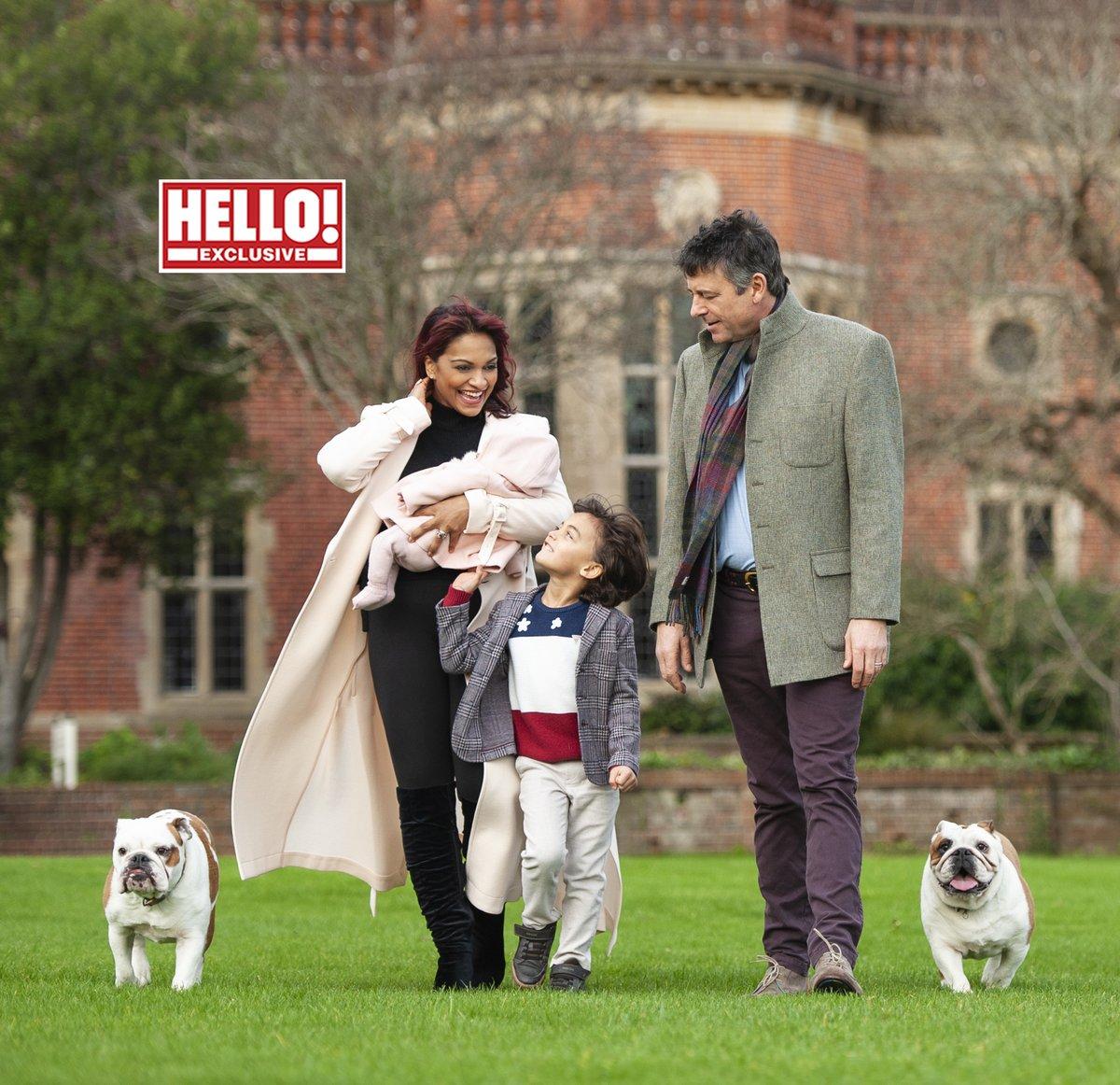Счастливая семья — имеющая привилегию жить в таком доме-месте, в  окружении истории, красоты — и музыки)