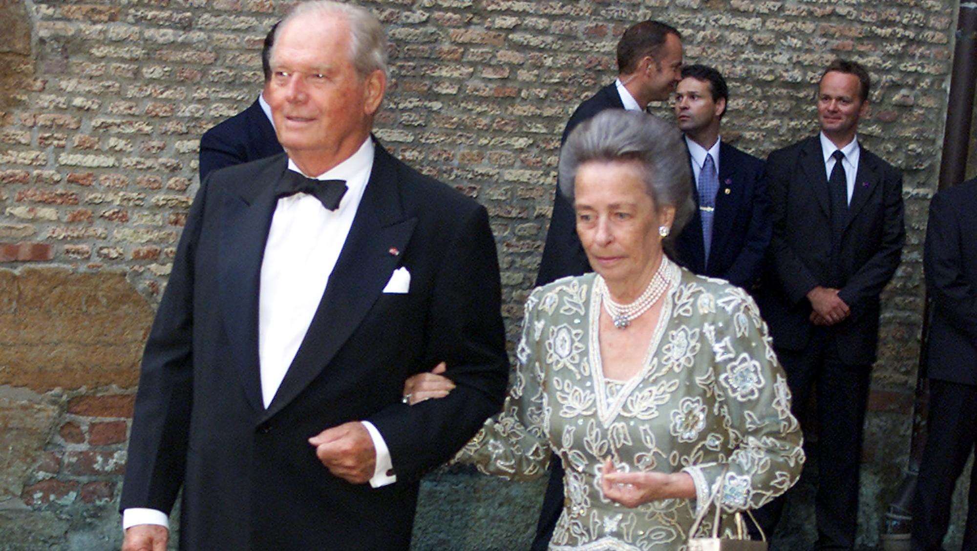 На свадьбе норвежского кронпринца в 2001 г.