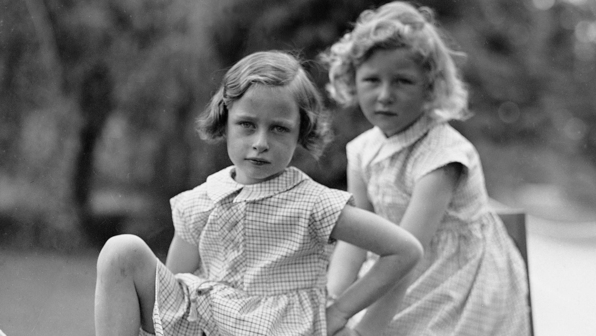 Принцессы-сестрички Ragnhild и Astrid