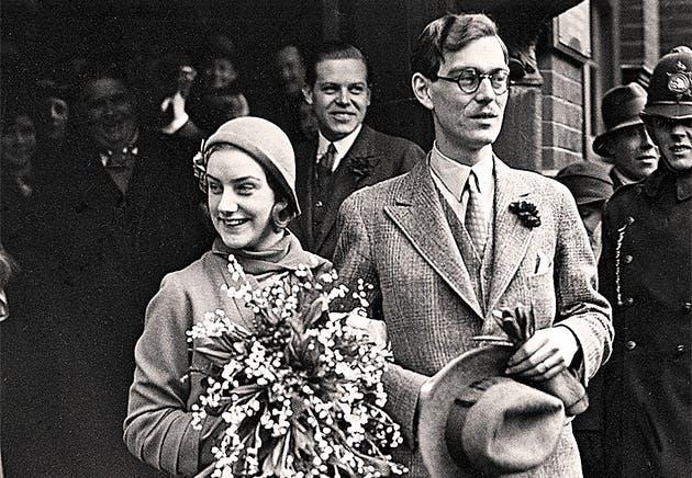 11 марта 1932 г, заключение брака между Lennart Bernadotte и Karin Nissvandt