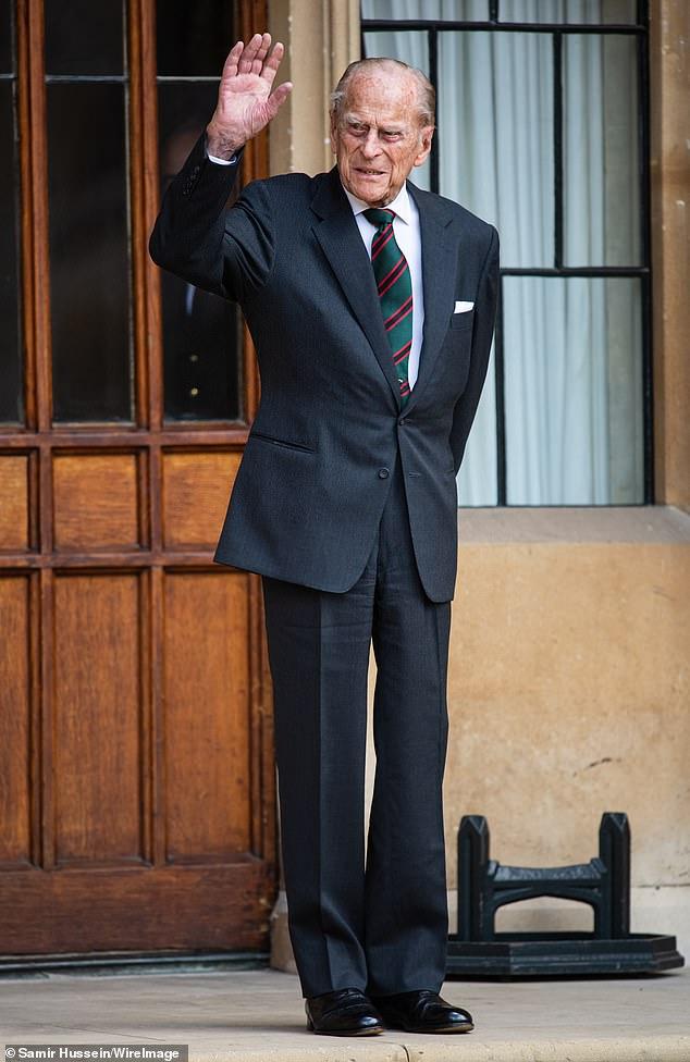 Июль 2020 г, принцу Филиппу 99 лет.