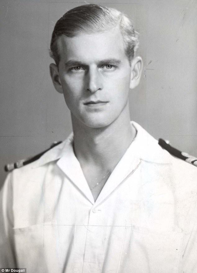 На службе, 1946 г.