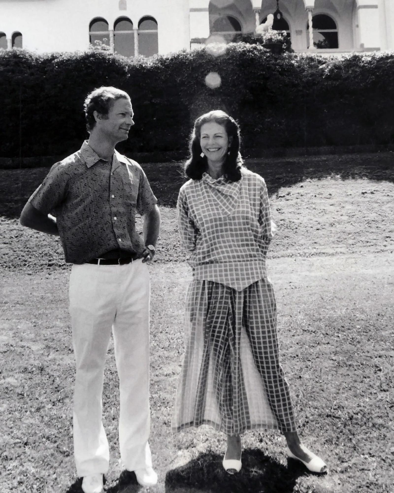 1986 г, шведской королеве Сильвии 43 года — и мир с удовольствием наблюдает стройный королевский силуэт)