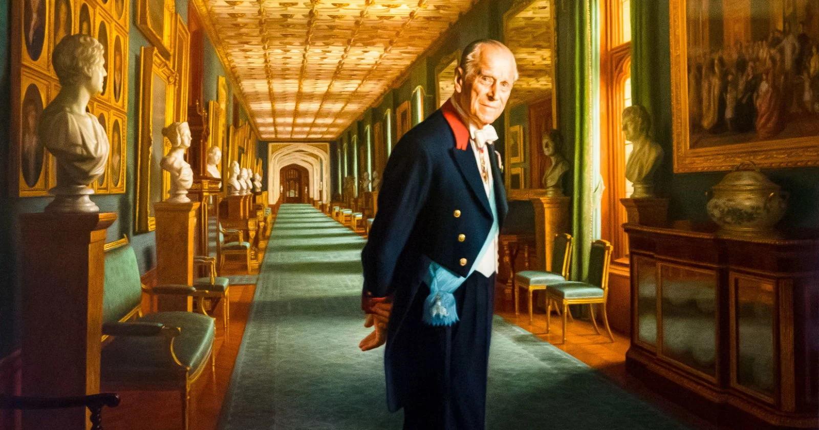Этот портрет получил в своё время одновременно и похвала, и критику — некоторые посчитали, что принц выглядит здесь как дворецкий !