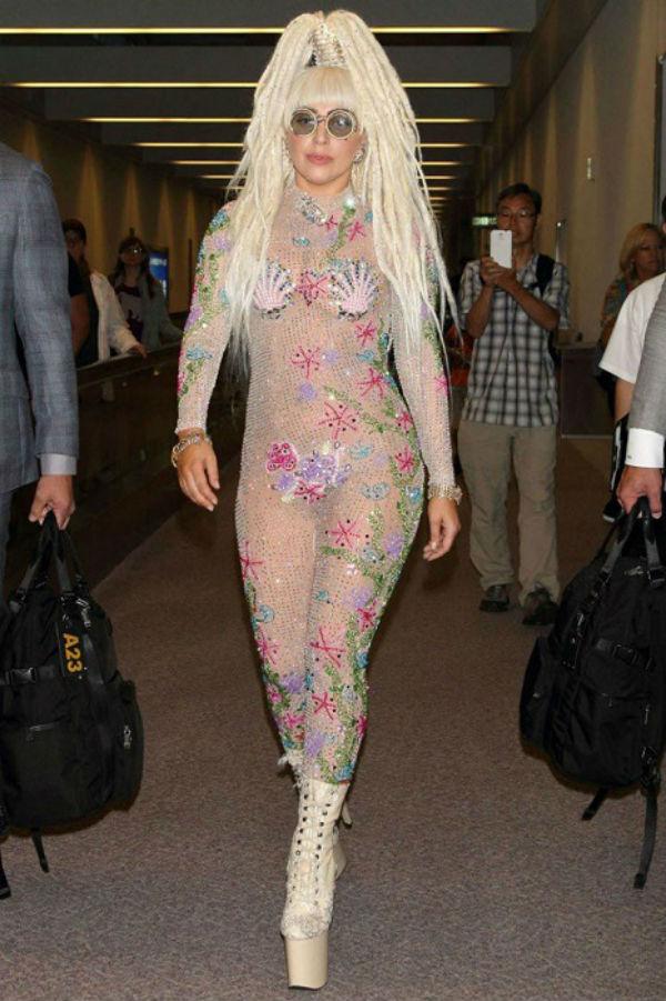 10-Леди Гага - 2013.jpg