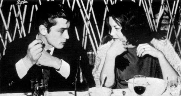 Роми и Ален в ресторане в Риме - 1959.jpg