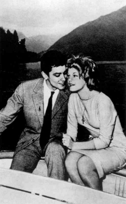 22 марта 1959 года Роми и Ален обручились в Моркоте на озере Лугано.jpg