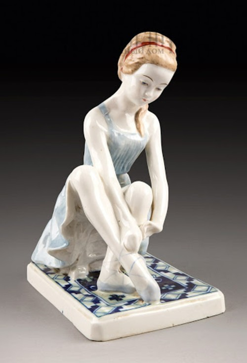 Статуэтка Юная балерина 1.jpg