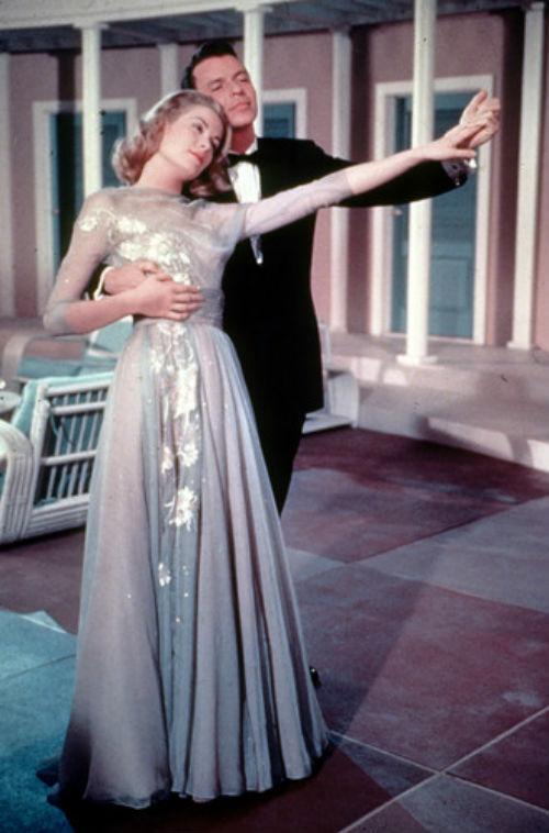 Грейс Келли и Фрэнк Синатра - кадр из фильма Высшее общество - 1956.jpg