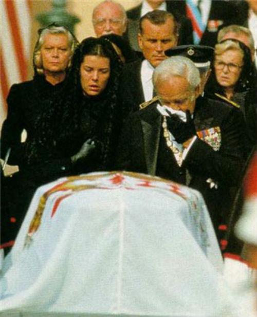 Похороны Грейс Келли.jpg
