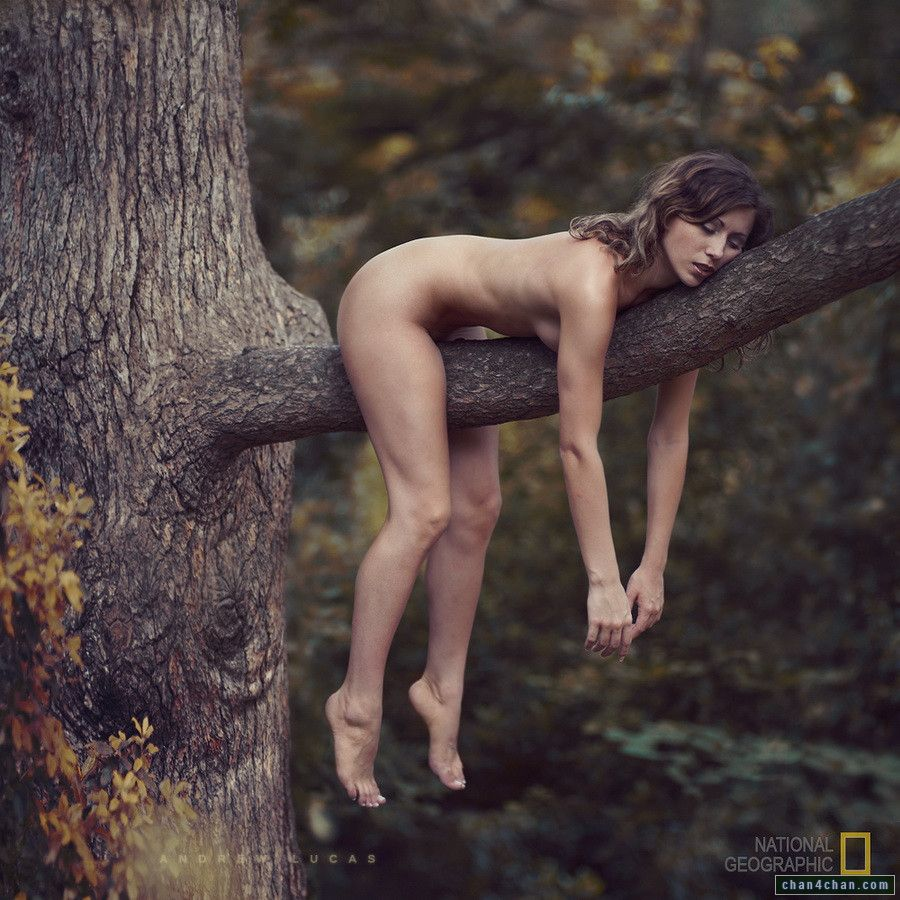 Реклама самая легкая колбаса и голая девушка фото 633-784