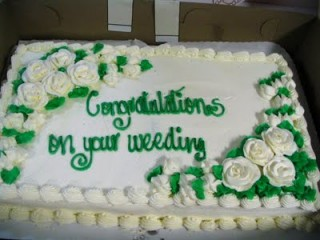 Yes, this is a REAL wedding cake