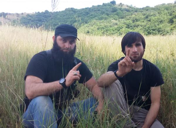 Слева - Дакиев З.Н., справа - нейтрализованный главарь бандгруппы Дышноев А.М.