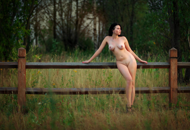 Художественная фотография обнажённых женщин 21 фотография