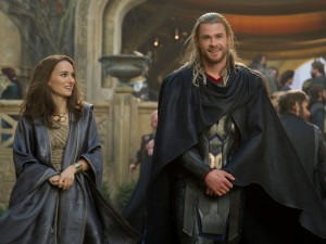 kinopoisk.ru-Thor_3A-The-Dark-World-2140005