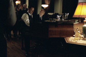 Tom-Hanks-and-Paul-Newman-in-Dreamworks-Road-To-Perdition-2002-13