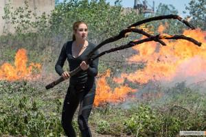 kinopoisk.ru-Divergent-2372908
