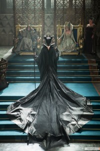 kinopoisk.ru-Maleficent-2410578