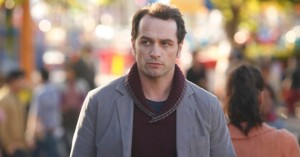 Matthew-Rhys-as-Philip-in-The-Americans-Season-2-Episode-1