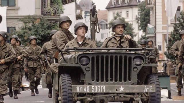 """Ron Lewis Jeep >> """"BAND OF BROTHERS"""" (2001) - Episode Ten """"Points"""" Commentary - The Powell Blog"""