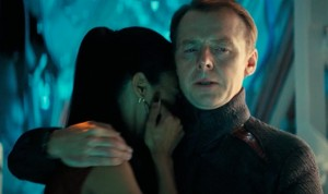 STAR-TREK-INTO-DARKNESS_SIMON-PEGG_ZOE_